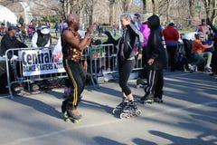 Åka skridskor i Central Park Arkivfoto