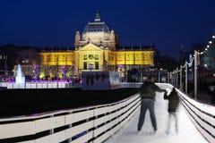 Åka skridskor isbanan i Zagreb Fotografering för Bildbyråer