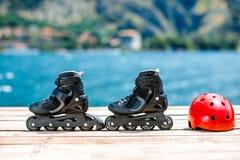 Åka skridskor utrustning på träbrädena Royaltyfria Foton