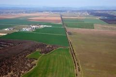åkerbruka fält Arkivbild