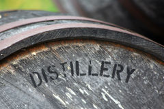 Åldras trumman för whisky eller bourbon Fotografering för Bildbyråer