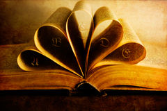 åldrig bok arkivfoto