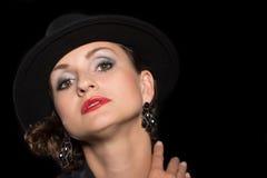 Åldrig kvinna för härlig mitt i hatt Fotografering för Bildbyråer