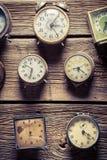 Åldrig vägg med klockor Royaltyfri Bild