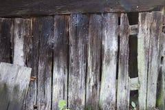 Åldriga träplankor för brunn - vägg Fotografering för Bildbyråer