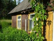 åldrigt hus Arkivbild