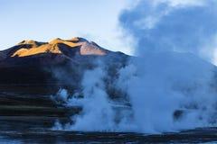 Ånga från geysers i nationell reserv för Los-flamenco Royaltyfri Bild