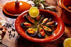 Ångade musslor Spanien för Tapasmejillonesal dunst Royaltyfria Foton