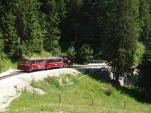 Ångalokomotiv av en tappningkugghjuljärnväg som går till Schafber, Wolfgangsee Arkivbilder