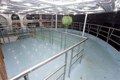 Ångare för millivolt Ovijan-7 upp sikt för trappastilsortsdack på den Sadarghat färjaterminalen i den Buriganga floden i Dhaka, B Arkivbild