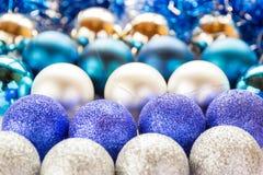 år för 2007 bolljul Julleksaker bakgrund, jultapeter Royaltyfria Foton