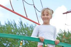 år för gammal lekplats för pojkebarn fem leka Arkivfoto