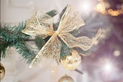 År för garnering för julgranfilialer nytt Arkivfoton