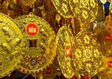 År för kines för guld- mynt nytt Arkivfoton