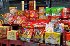 år för pengzhou för kinesiska matar för porslin nytt royaltyfri bild