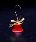 År för rött klirr för garnering för Xmas-julklockor nytt royaltyfria foton