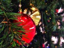 år för tree för toys för bollgran nytt Royaltyfri Fotografi