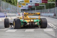 ÅRHUS DANMARK - MAJ 28 2016: Lorina McLaughlin #19 - Benetton B192 (före detta-Michael Schumacher) på det klassiska loppet Aarh Arkivfoton