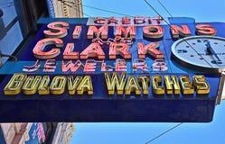 Årigt neon 95 i Detroit Arkivfoto