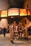 Årlig procession av korsfästelsen av Jesus Christ på easter Royaltyfria Foton