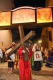 Årlig procession av korsfästelsen av Jesus Christ på easter Arkivbild