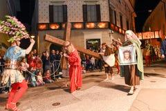 Årlig procession av korsfästelsen av Jesus Christ på easter Royaltyfria Bilder