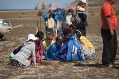 Årlig sammankomst av shamans på Olkhon Arkivfoton