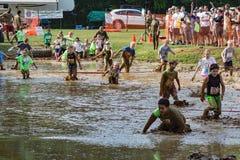 "21. årliga Marine Mud Run †""Pollywog joggar loppet Royaltyfri Bild"