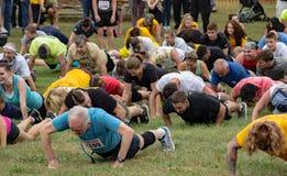 21. årliga Marine Mud Run - öva Arkivfoton