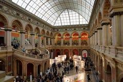 140. årsdag av St Petersburg konst och branschakademin Arkivbild