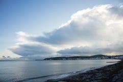 Åskväder över Douglas Bay Isle av mannen Royaltyfria Bilder