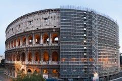 Återställande av Colosseumen Arkivbild