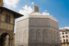 Återställande av monument i Florence Royaltyfria Foton
