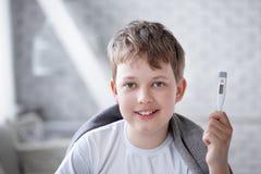 Återställd pojke Arkivfoton