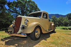 återställd s lastbil 1940 för era uppsamling Royaltyfri Fotografi