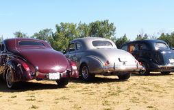 Återställda klassiska bilar Fotografering för Bildbyråer