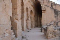 Återstående korridor i amfiteatern av El-ädelstenen, Tunisien Fotografering för Bildbyråer