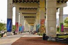 Återuppliva Underused stads- offentliga utrymmen arkivbild