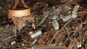 Återvinning för restmetall Metall för rest för magnetminnestavlatransport lager videofilmer