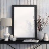 Åtlöje upp affischen på metalltabellen mot vita bräden Royaltyfri Foto