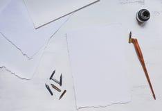 Åtlöje upp med olik typ av papper Arkivbild