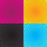 Åtskilliga prickcirklar som är ordnade i en större trådcirkel, är svart för guling för 4 färgsignalrosa färger blå Arkivbild