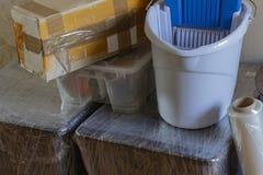搬入一个新房 整洁包装 库存图片
