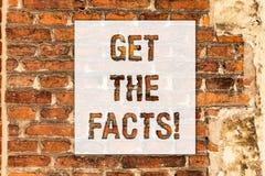概念性手文字陈列得到事实 企业照片文本寻找某些事件证据真相  库存例证