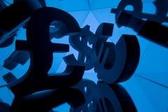 欧元、磅和美元与许多镜象的货币符号 库存图片
