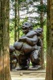 母亲和孩子雕象在奈子海岛 图库摄影