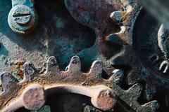 永恒的葡萄酒嵌齿轮轮子-齿轮 免版税库存图片