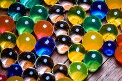 水位高吸收剂五颜六色的orbeez 3 免版税图库摄影