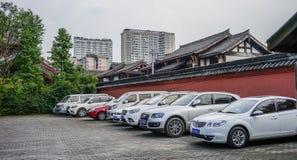 汽车停车场在成都,中国 免版税图库摄影