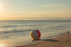 海滩球-波儿地克的海乌瑟多姆岛海岛 图库摄影